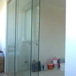 Балконные стеклянные раздвижные двери