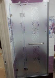 душевые двери с рисунком