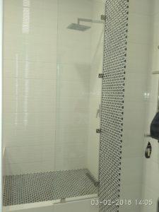 Душевые перегородки из стекла для ванной