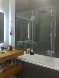 Стекло на ванну - стеклянная шторка