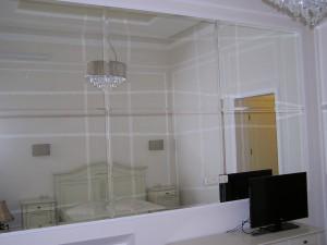 Зеркальная стена, в Одессе