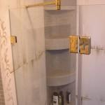 Кабинки для душа в золотистой фурнитуре, Одесса