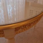 Овальный стол (Италия) с покрытием каленым стеклом с фацетом в Одессе.