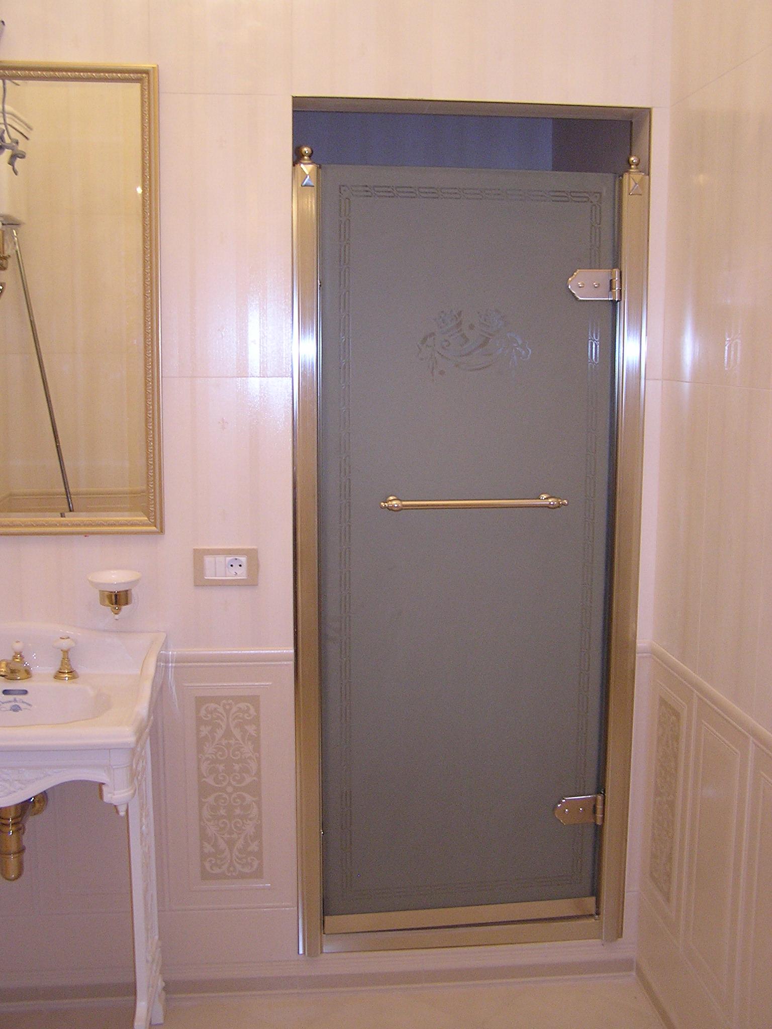 Двери в душевую 181